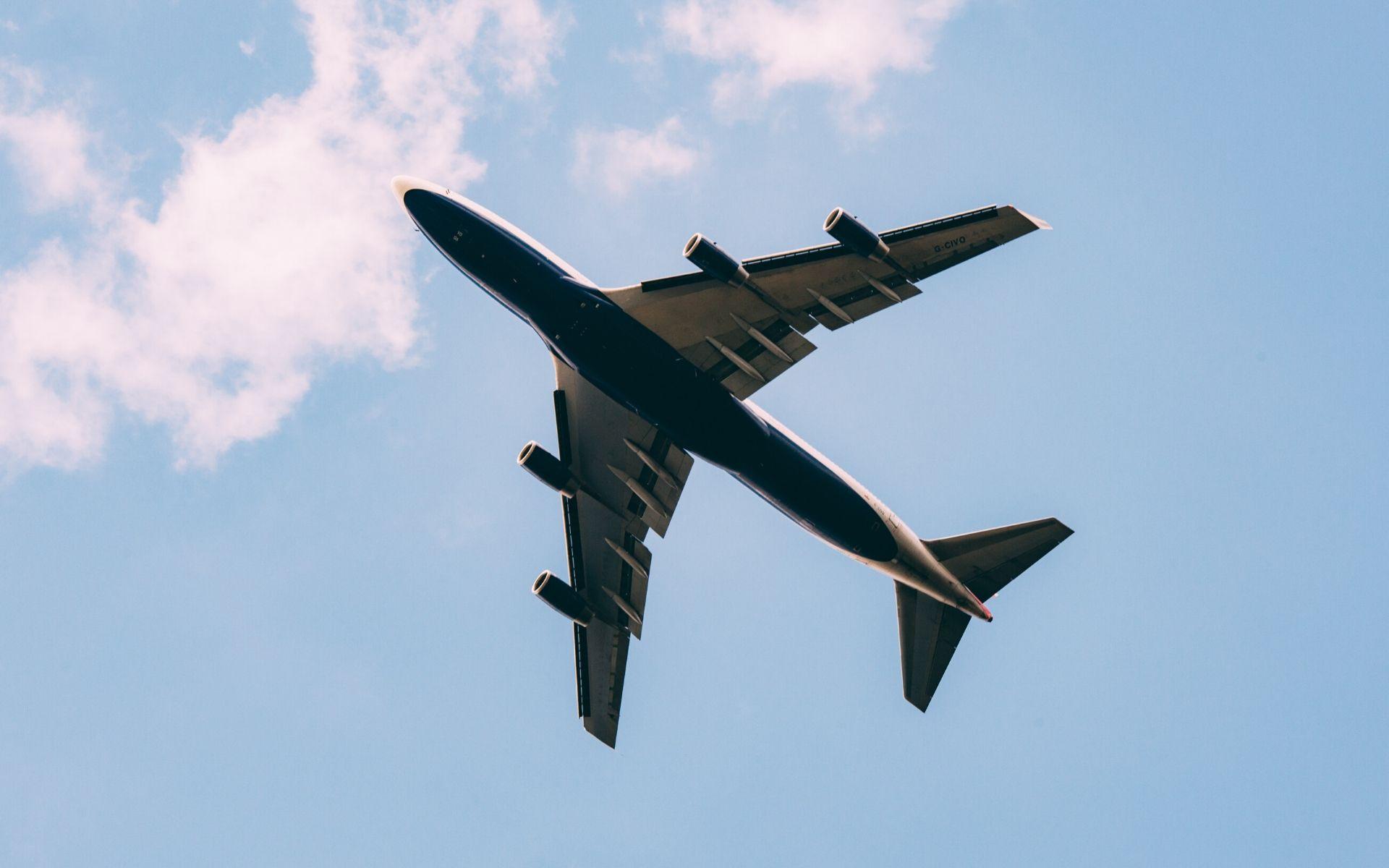 nägeli plus - Flughafentransfer